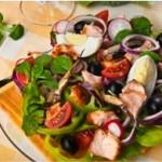 Шесть блюд французской кухни для романтического ужина дома.