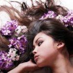 Гуще, длиннее и красивее: домашние маски для восстановления волос.
