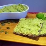 Полезный завтрак весной:  зеленые намазки – альтернатива  бутербродам.