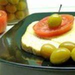 Оливки из кизила и алычи